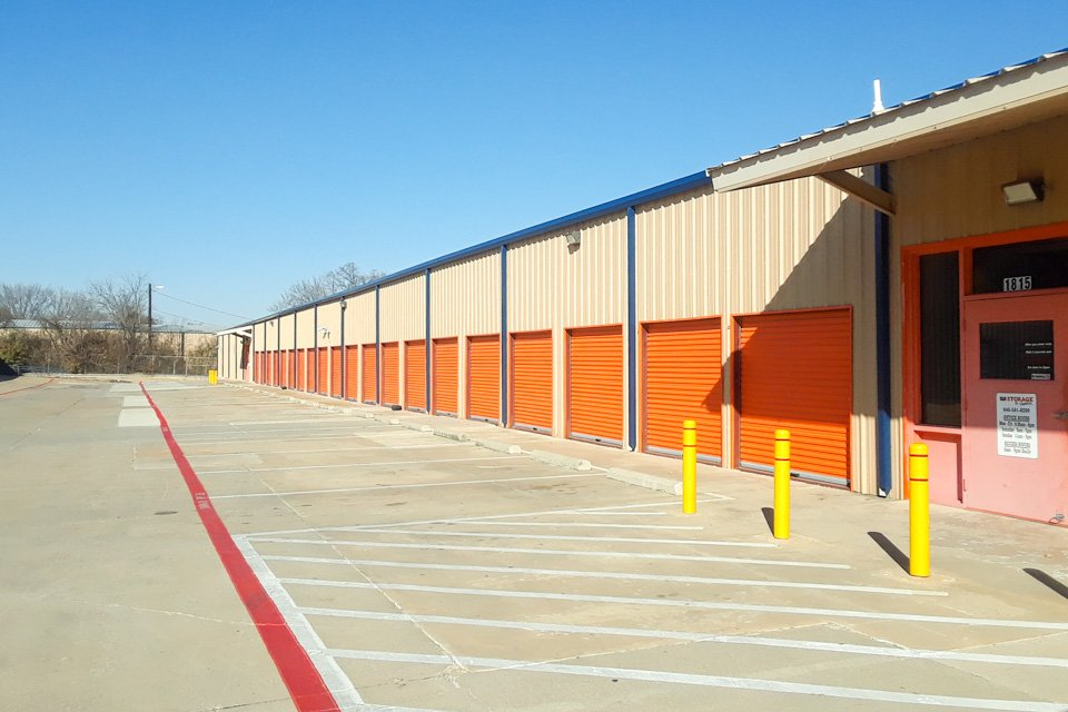 & Denton Self Storage Units | US Storage Centers