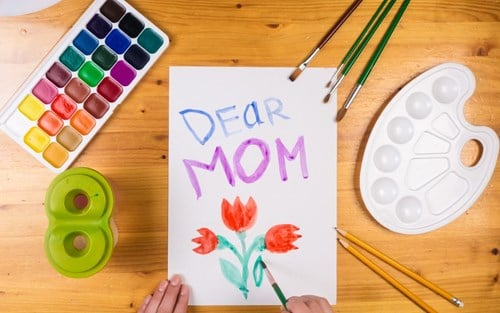 mom arts and craft