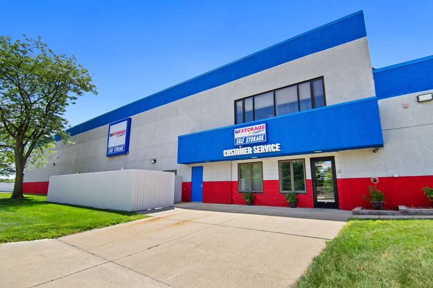 self storage facility crystal mn hanson exterior