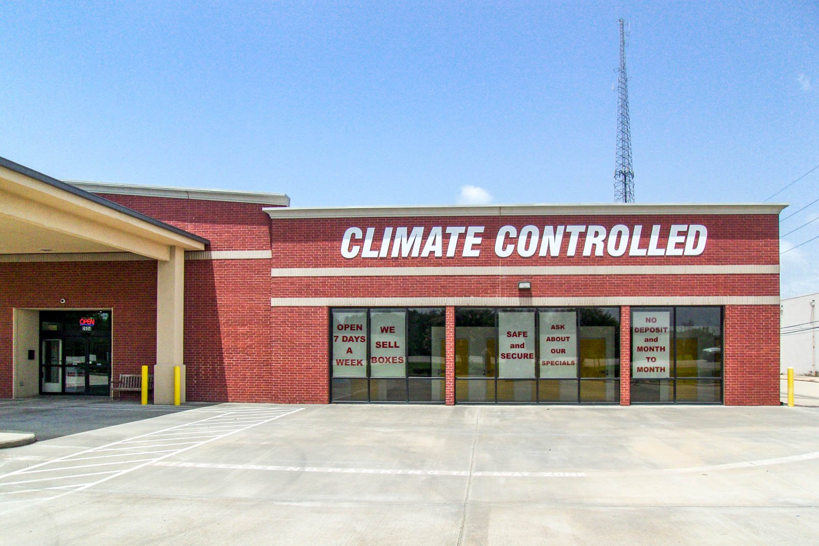 Self Storage Facility in Missouri City, TX - image 6