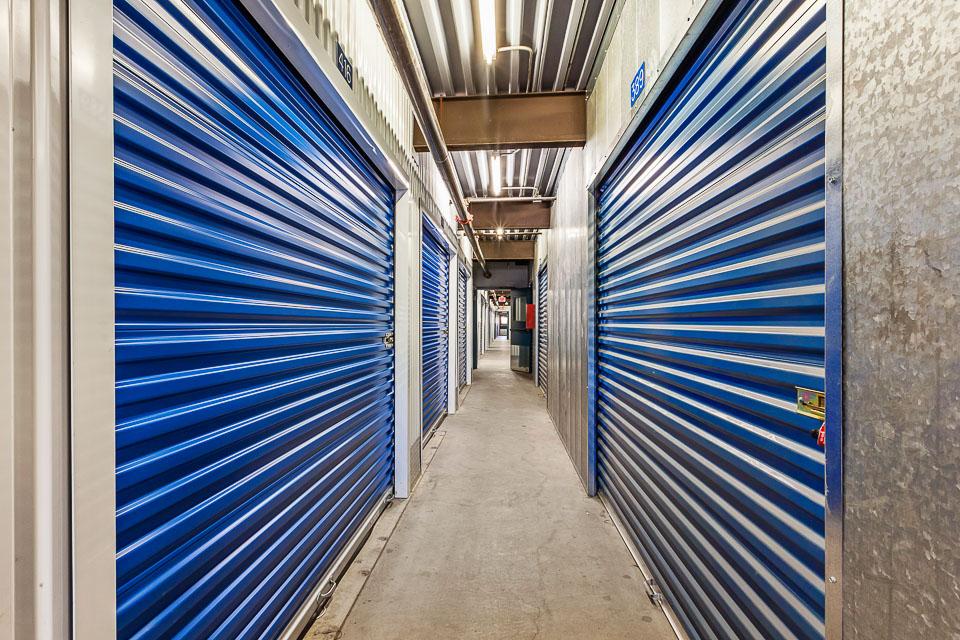 self storage units at e cinnabar ave phoenix az us storage centers