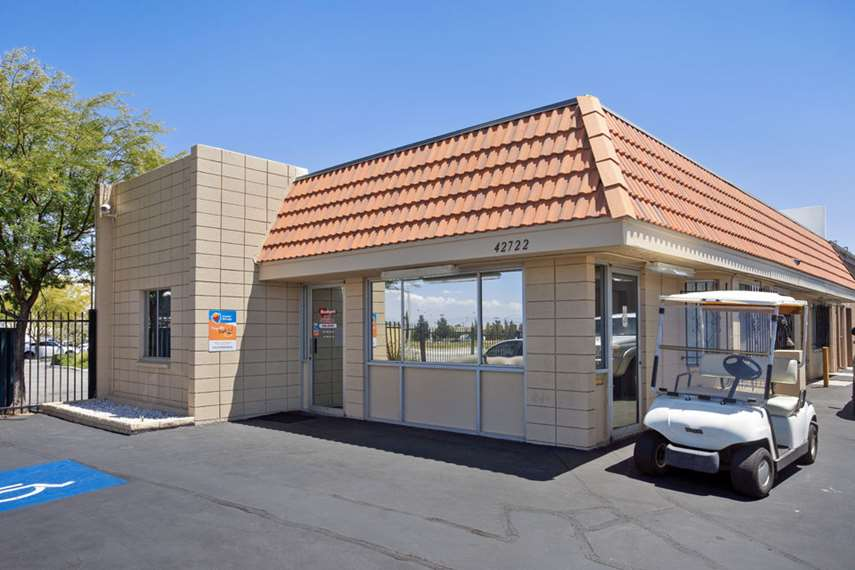 Self Storage Facility in Lancaster, CA - image 7